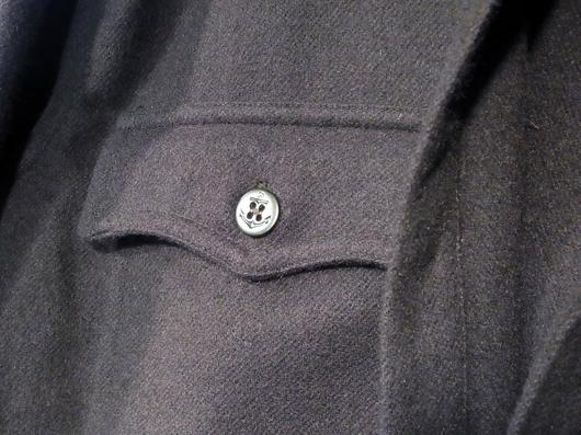 このポケットフラップのデザインがポイントです